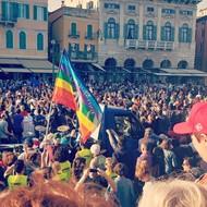 #PassaPorti: accoglienza colorata e gioiosa