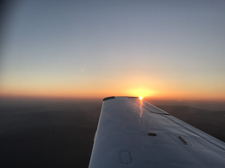 tramonto-borgo-mezzanone.jpg